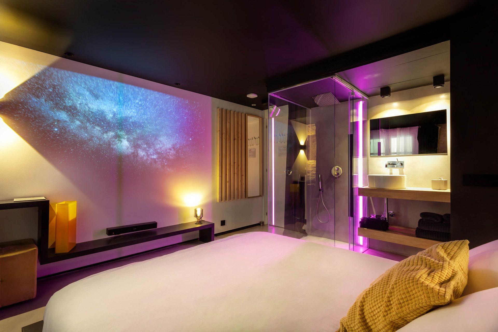 Zrooms suites hostel boutique hotel apartamentos turisticos zaragoza spain hotel con encanto en zaragoza hoteles zaragoza